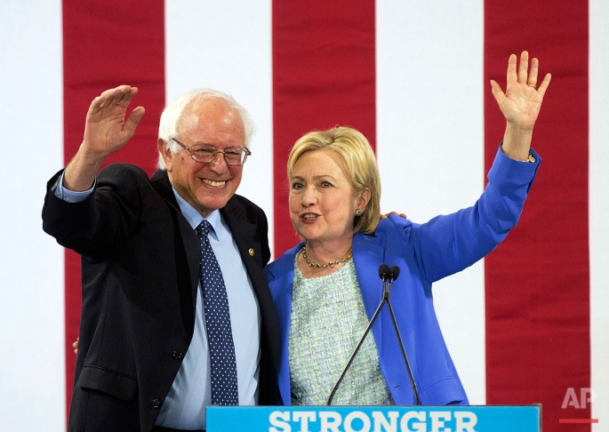 APTOPIX Campaign 2016 Clinton Sanders