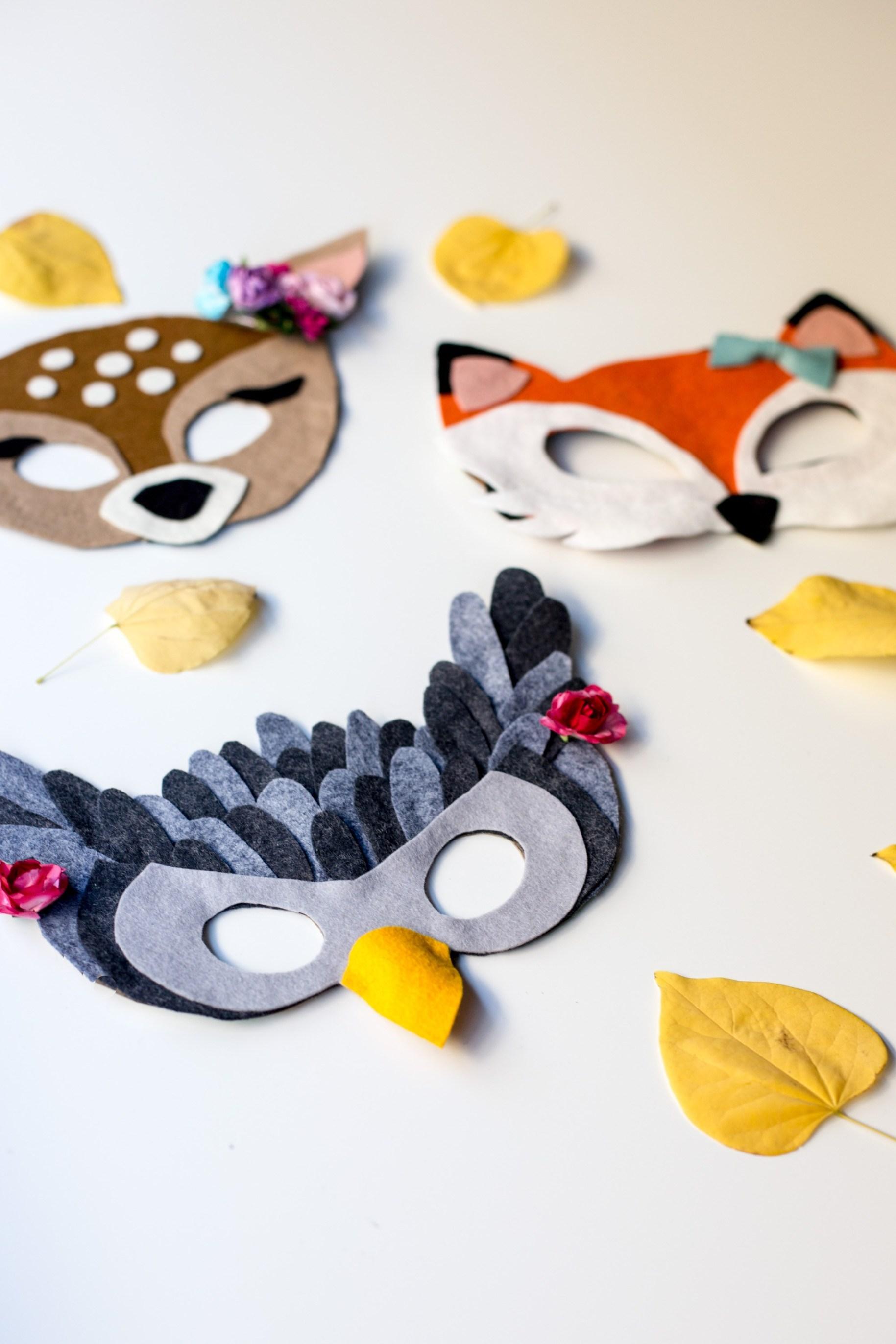 No-sew masks by Flax & Twine.